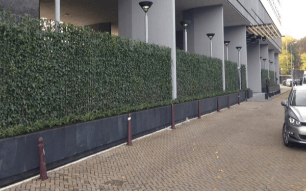 project kant-en-klaarhagen Mobilane bij een parkeergarage